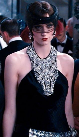 The Great Gatsby Vintage Fashion. I can't even describe how much I loved that headpiece.
