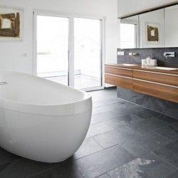 17 beste idee n over badkamer vloertegels op pinterest achterwand tegel wandtegels en - Tegel rechthoekige badkamer ...