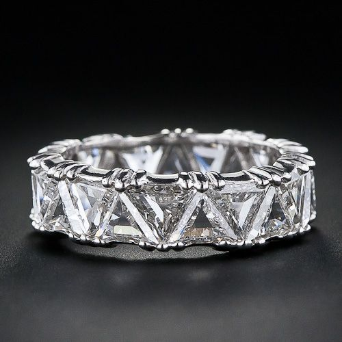 Gorgeous!  So unusual...4.5 carats of triangular diamonds.  Too bad it is only size 5  1/2, otherwise I'd shell out that $12,750.  *wink*