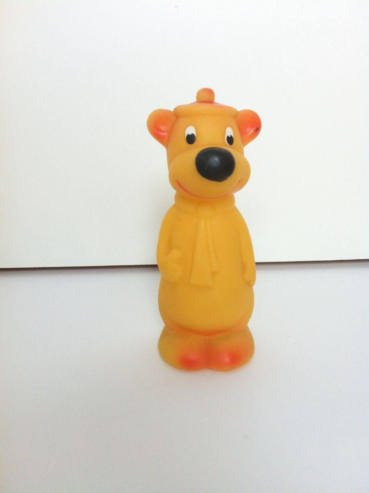 Yogi Bear. Vintage Rubber Toy. Aradeanca 60's - 70's