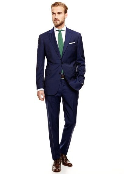 Navy suit and green tie Navy Suit Green Tie, Guys Suits, Homecoming ...