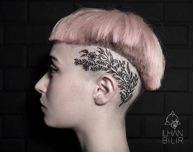 © @ilhan_bilir Istanbul @mamasboytattoo #tattrx #ilhanbilir #headtattoo #tattoo #tatuaje #tatouage #tatuagem #tatuaggio #botanical #noir #flowertattoo #flowertattoos #floweroftheday #pinkhair #shavedhead #chic #avantgarde #nyfw #blackink #blackwork #blacktattoo #bodyart #tattooartist #tattooart #tattooist #istanbul #istanbuldayasam #turkinstagram