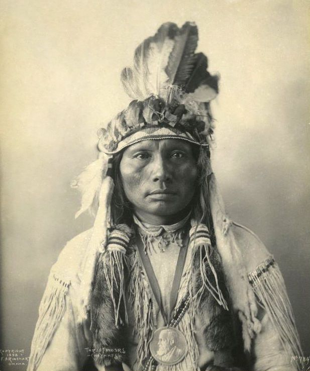 Three Fingers - Southern Cheyenne 1898 [AA]