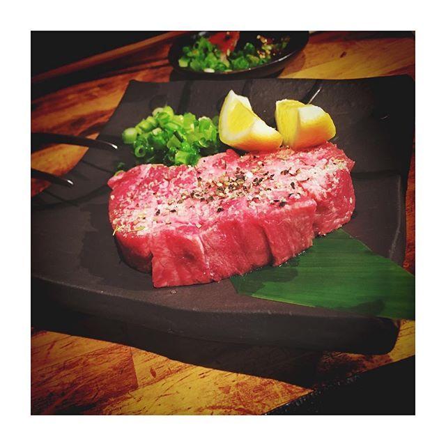 焼肉だいすき芸人😗❤️✌️ .  #焼肉 #肉 #🍖 #牛蔵 #大阪 #十三 #厚切り牛タン #❤ #美味しかった #やっぱり #タン #最高 #大好き #love #instafood #foodstagram #instagood #f4follow