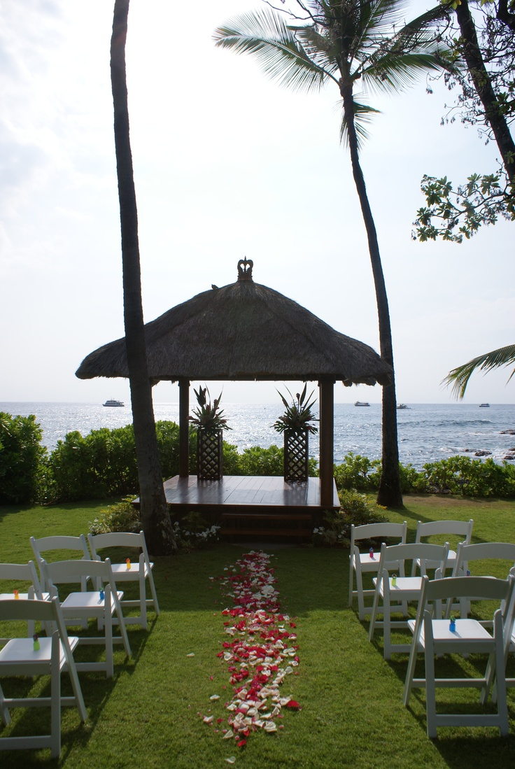 23 best destination wedding hawaii at the royal kona in kailua hawaii royal kona wedding just before the ceremony nvjuhfo Gallery