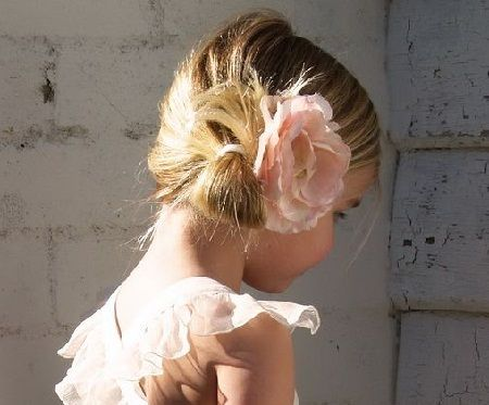 Cute Updos Hair for Little Girls 2