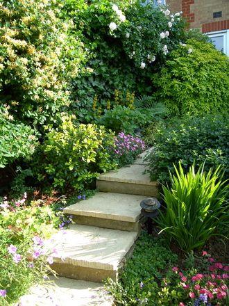 1000 images about l 39 art des escaliers de jardins on pinterest gardens wooden steps and toronto. Black Bedroom Furniture Sets. Home Design Ideas