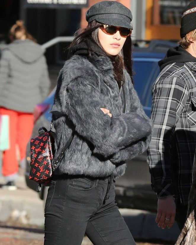 Bella Hadid in Black Jeans Spending her holidays in Aspen #wwceleb #ff #instafollow #l4l #TagsForLikes #HashTags #belike #bestoftheday #celebre #celebrities #celebritiesofinstagram #followme #followback #love #instagood #photooftheday #celebritieswelove #celebrity #famous #hollywood #likes #models #picoftheday #star #style #superstar #instago #bellahadid