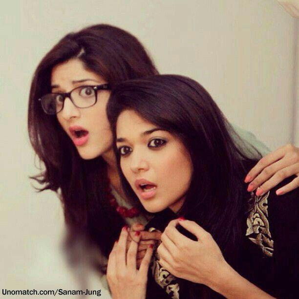 Mawra hocane and sanam jung pakistani actress