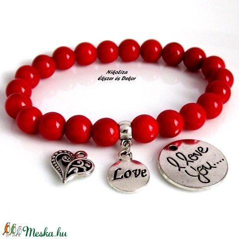 Valentin napi piros jáde ásványkarkötő választható medállal, ajándék organza dísztasakkal (NikoLizaEkszer) - Meska.hu