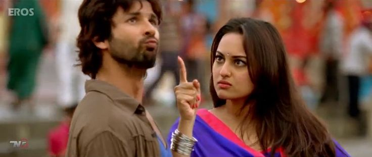 #MatMaari starring #ShahidKapoor & #SonakshiSinha - http://latestsdaily.com/mat-maari-hd-song-and-lyrics-featuring-shahid-kapoor-and-sonakshi-sinha-r-rajkumar/  The song is sung by Kunal Ganjawala and #SunidhiChauhan while the lyrics are penned down by Ashish Pandit. The composer of the music is Pritam.  #Bollywood