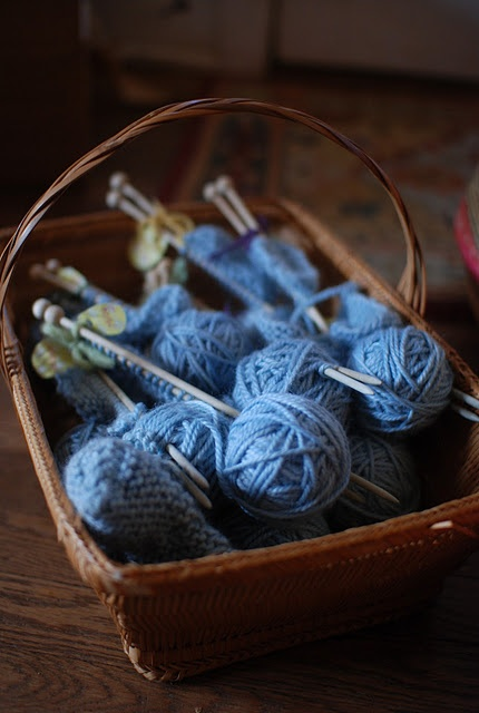 "teaching knitting verse ~ ""Under the root, around the dome, catch a Tomten, bring him home""Beautiful Blue, Sun Families, Blue Brown, 50 Shades, Blue Knits, Knits Baskets, Ana Rosa, Blue Yarns, Vintage Girls"