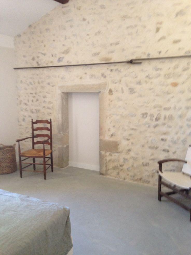 Mur en pierres apparentes r novation bergerie pinterest murs de pierre apparente et mur - Pierre apparente interieur ...