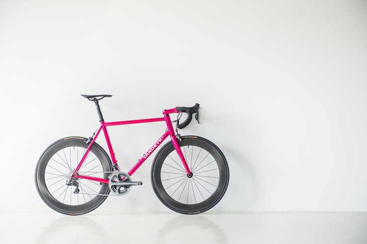 So pretty. Vandeyk 'Purple Blast' High Performance Bicycle
