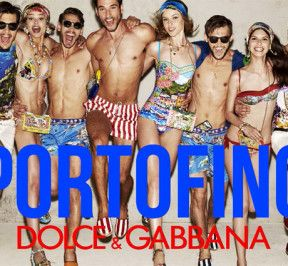If you are in #Portofino don't miss out the super cool pop-up boutique by #DolceGabbana in the main square!! more infos on giomori.com xx