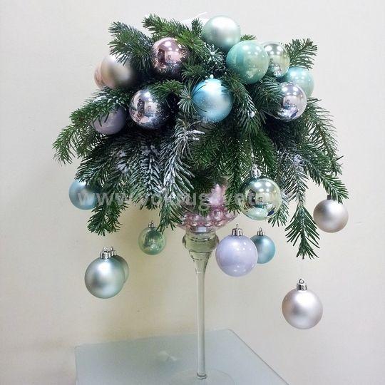 Новогодняя композиция «Шанель»