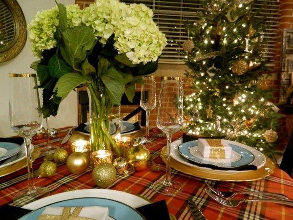 40 оригинальных примеров красивой сервировки новогоднего стола. Цветовые схемы, варианты декора, план сервировки.
