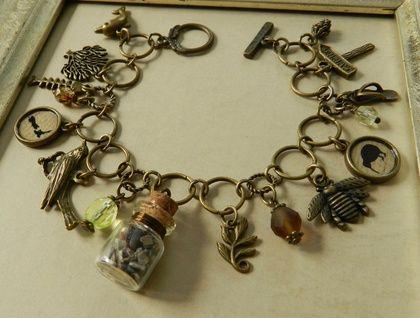 Beautiful ~Kiwiana~ NZ Inspired Charm Bracelet