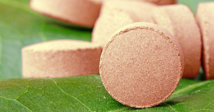 Fabriquez facilement des pastilles médicinales à base d'orme rouge, que l'on utilise pour soigner les infections et la sécheresse de la gorge. Partager:Partager sur Facebook(ouvre dans une nouvell…