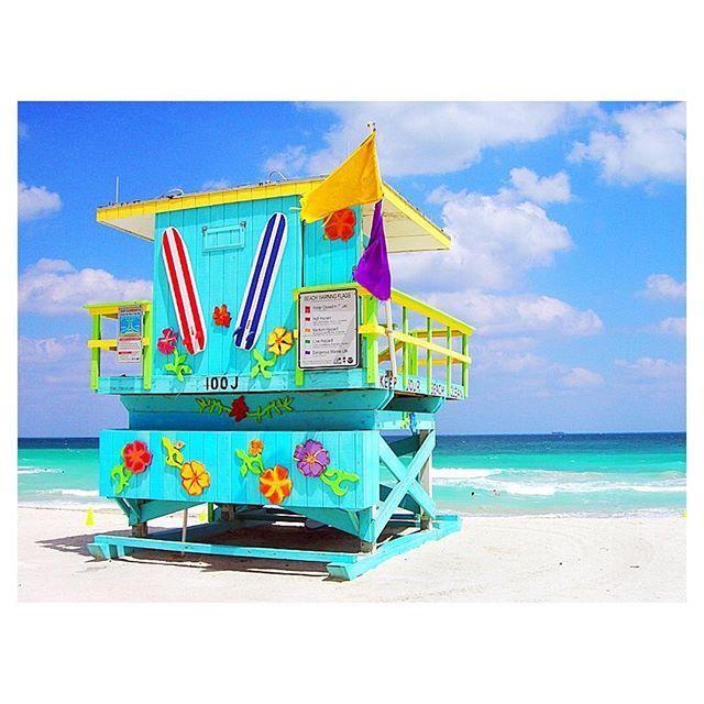 【adolph_d_yuki】さんのInstagramをピンしています。 《. . Goodmng! #usa#miami#beach##bikini . 少しでも暖かい写真を♥️ マイアミサウスビーチにあるlifesaver houseの1つ かなりの数のハウスがあったけど これが1番お気に入りかな❤️ ちょっとhawaii感あるけど笑 . さて、明日は1日だけWasington州Seattleへ行くよ microsoftの本社にお邪魔します お勉強お勉強 . A lifesaver house of Miami Beach! A hue has kawaii. Though there is a considerable number, it is basically very colorful. . #おはよう#travel#trip#trippy #photogenic#genic_mag#genic_travel #funtotrip#女子旅#タビジョ#姉妹旅 #可愛い#ビーチ#海#blue#カメラ女子 #旅好きな人と繋がりたい#ありがとう…