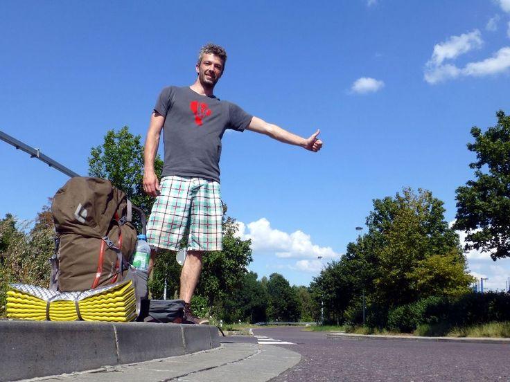Reisende die per Anhalter fahren sind die Exoten unter den Abenteuern. Hier gebe ich 6 gute Gründe, warum sich eine Reise per Anhalter lohnt!