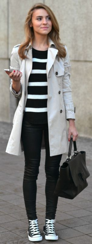 A cream trench + elegant and smart every day style + skinny black jeans + black and white knit + casual but sophisticated + Katarzyna Tusk.  Trousers: Mango, Sweater: Vila by Answear.com, Coat: Zara, Bag: Minelli.