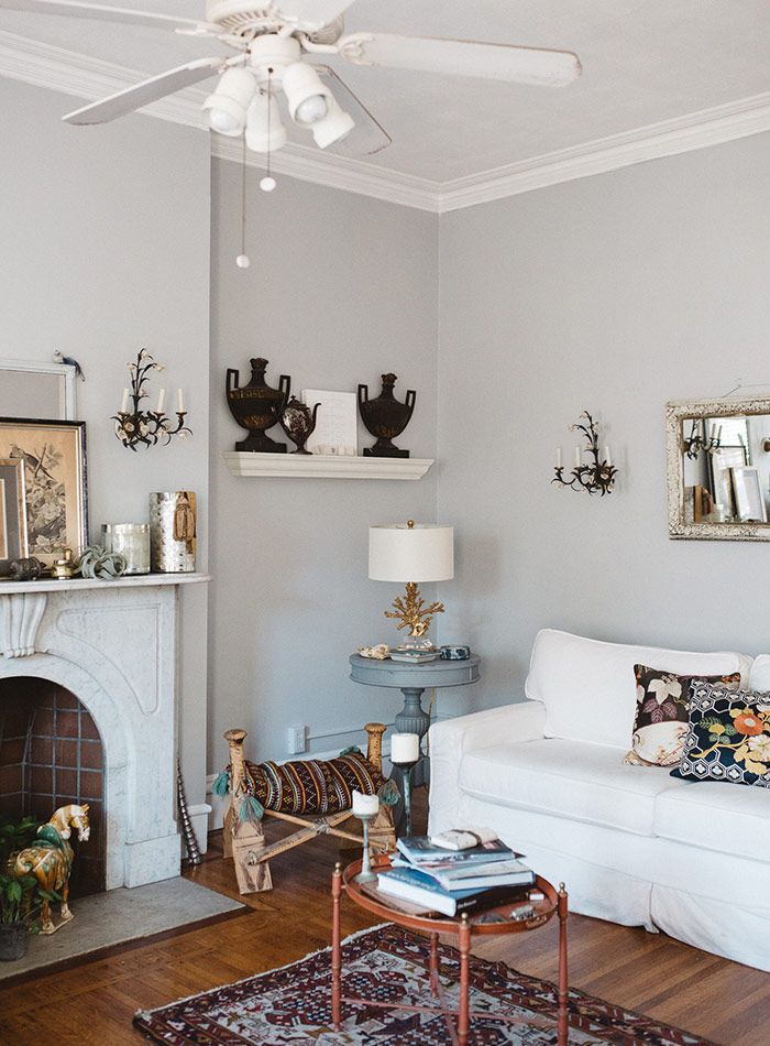 The Rhode Island Home That Settled Down A Wanderer: grey sponge painted walls
