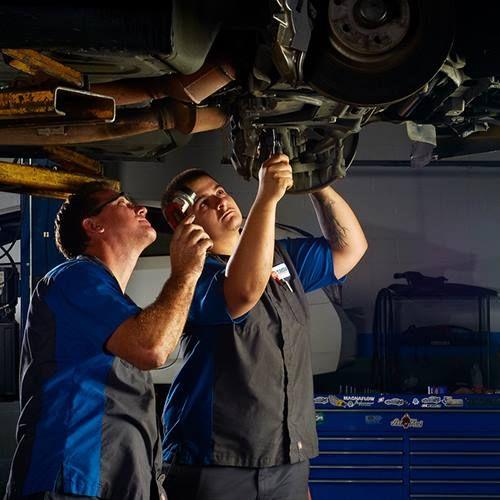 Auto Radiator Repair Service Tampa FL Auto Tune Up Service Tampa FL Mechanic Tampa FL BMW service Tampa FL BMW repair Tampa FL https://luxuryautoservicecenter.wordpress.com/