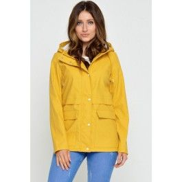 Train Short Raincoat in Yellow €40 iClothing (ONLY)