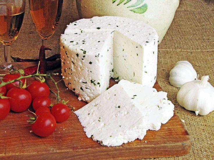 Adalékoktól mentes sajt házilag.
