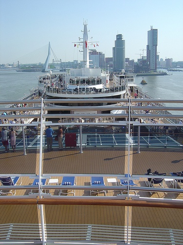 Cunard Queen Victoria in Rotterdam Holland (4) by garybembridge, via Flickr - visit my site at http://www.tipsfortravellers.com for more on travel