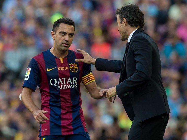 Xavi habla con Luis Enrique
