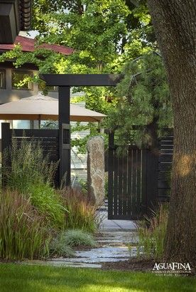japanese gates and entrances | Entrance gate fusion style garden ideas