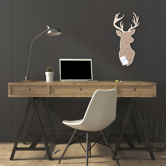 Deer Noticeboard. Made from baltic birch plywood and natural cork, cnc cutted. Designed and made in Québec, by dezz.xyz