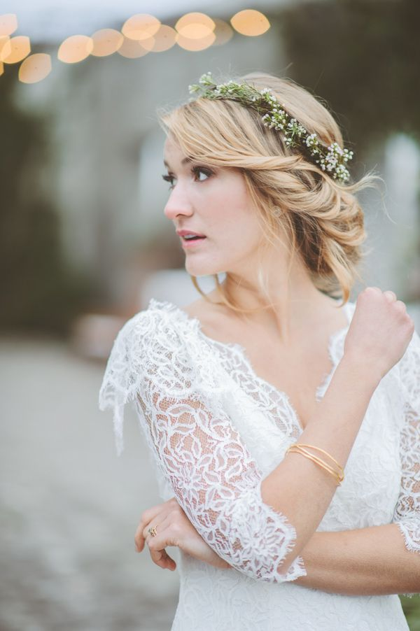 perfect bridal bohemian look // photo by Paper Antler I really love this but can it work with a veil?