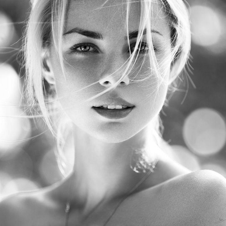 Face Julia by Konstantin Kryukovskiy