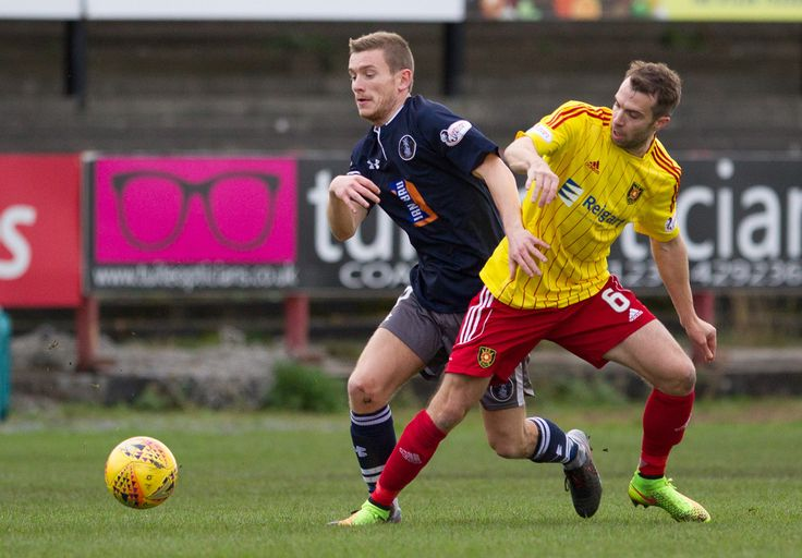 Queen's Park's Gregor Fotheringham in action during the SPFL League One game between Albion Rovers and Queen's Park.