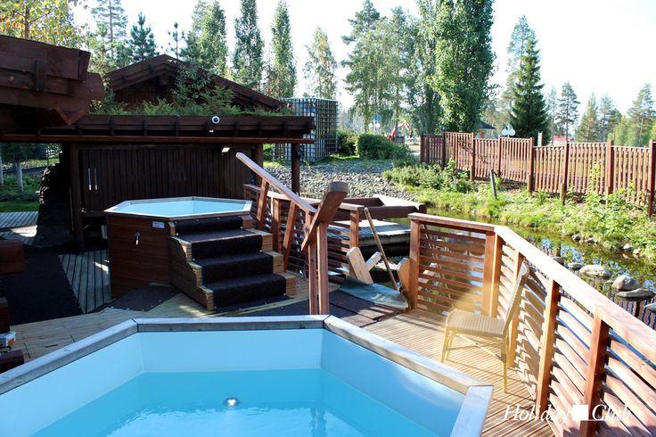 Jacuzzis and smoke saunas at Katinkulta, Finland