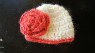 The Dainty Daisy: Rosie's Cozies is Ready for Action!  ~ free pattern for preemies