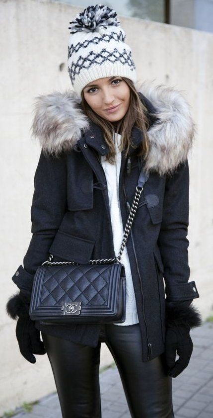 White Printed Beanie // Black Jacket // White Top // Leather Leggings // Black Quilted Leather Bag