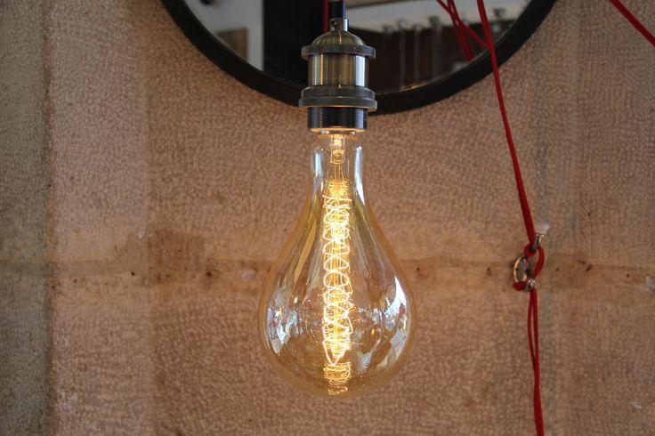 les 25 meilleures id es de la cat gorie ampoule d corative sur pinterest ampoule enfant de la. Black Bedroom Furniture Sets. Home Design Ideas