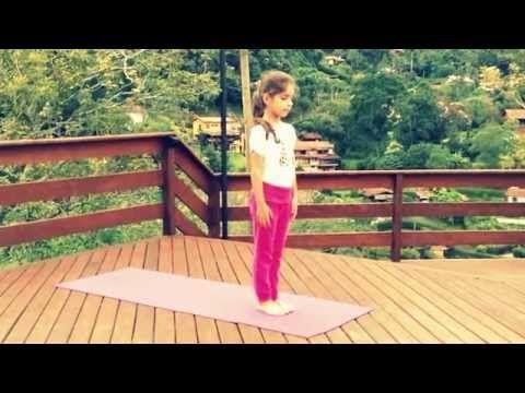Saudação ao Sol A para Crianças - Alessandra Geraldi, Akshaya Yoga para Crianças - YouTube