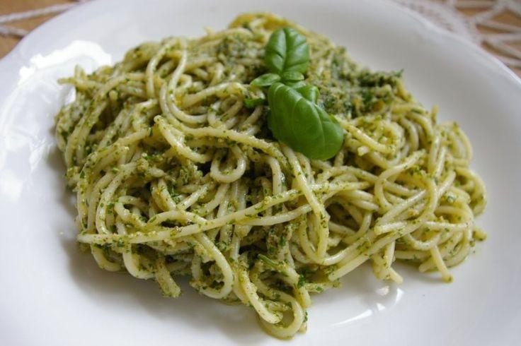 MAKARON Z PESTO PIETRUSZKOWYM - Dietetyczne przepisy - Blog o żywności ekologicznejDietetyczne przepisy – Blog o żywności ekologicznej