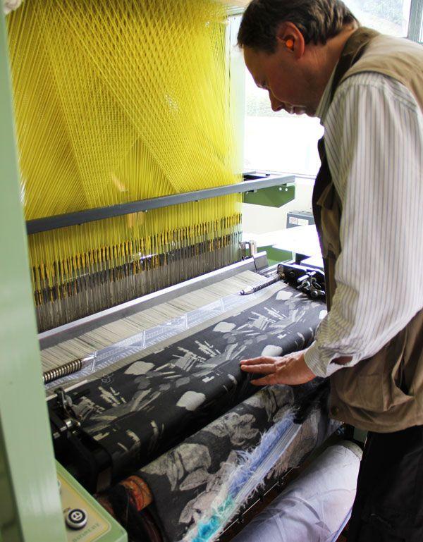 Industrial Electronic Jacquard Loom