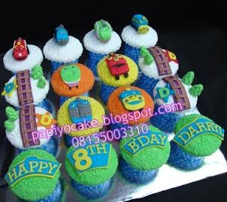 Chuggington: Chuggington Birthday, Cupcakes Ideas Topps, Birthday Ideal, Birthday Parties, Bro Birthday, 1St Birthday, 2Nd Birthday, Chuggington Cupcakes, Birthdays Parties