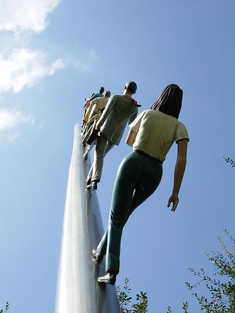 Jonathan Borofsky's Walking to the Sky by Diorama Sky, via Flickr: Jonathan Borofsky, Center Pools, Borofsky Walks, Dioramas Sky
