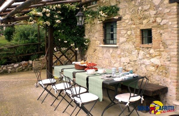 Restored country house overlooking the medieval town of Lugnano in Teverina.