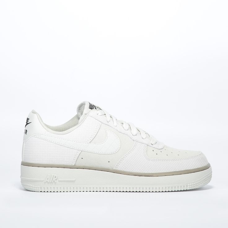Nike wmns Air Force 1 '07 suede | Schoenen | Men at Work Online Store