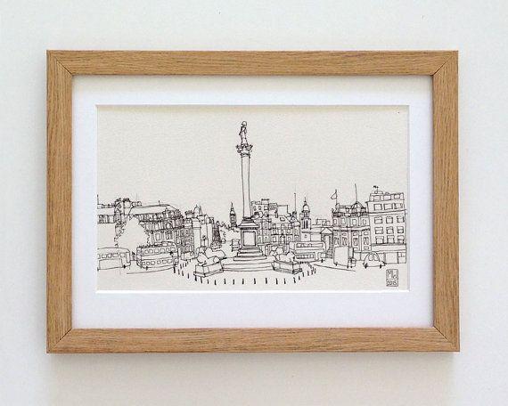 Trafalgar Square and Nelson's Column London - original London landmark urban…