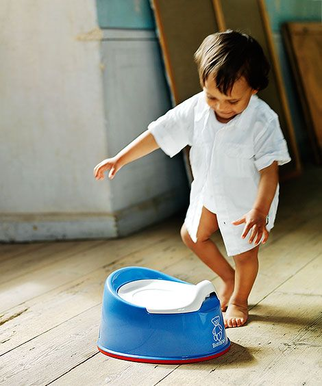 The @babybjornus Smart Potty is perfect for small spaces and pottying on the go! Find it and more at www.boomersandechoes.com